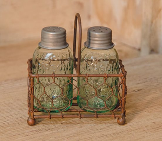 Chicken Wire Caddy With Shakers-Chicken Wire Caddy With Shakers